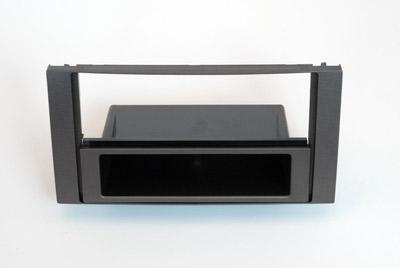 ISO redukce pro Ford Focus C-MAX, Focus 2005-2011, Kuga 08-13 antracit