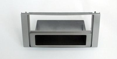 ISO redukce pro Ford Focus C-MAX, Focus 2005-2011, Kuga 08-13 stříbrný