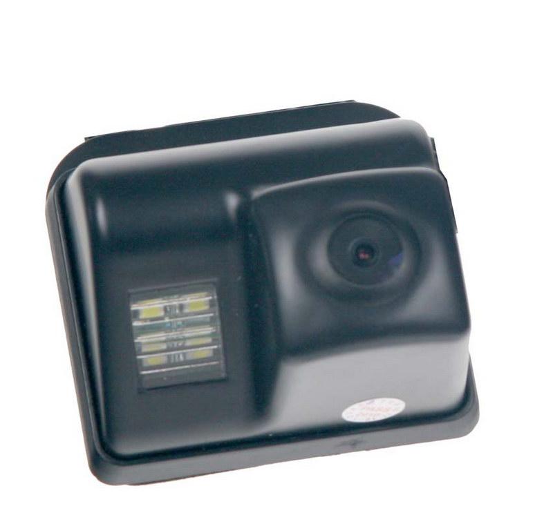 Kamera CCD, formát PAL do vozu Mazda 6 do 2009