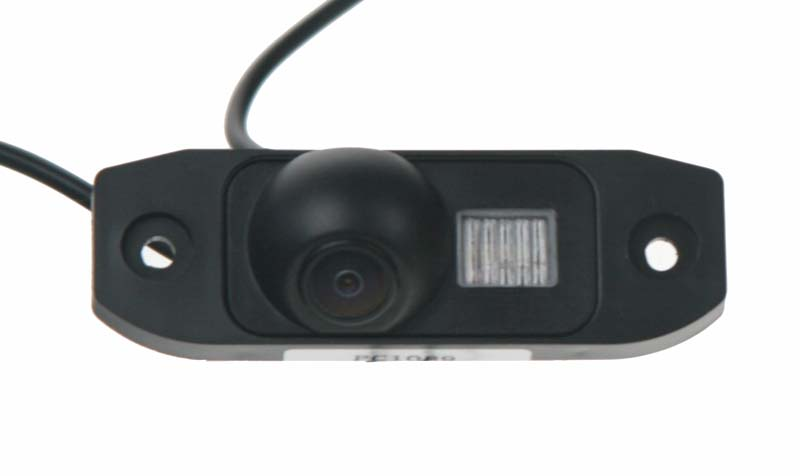 Kamera s LED, formát PAL do vozů Volvo, Mercedes ML