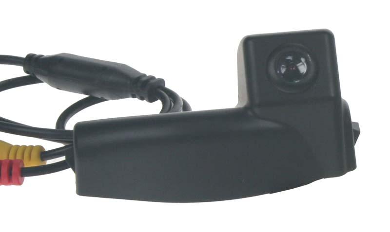 Kamera CCD, formát PAL do vozu Mazda 2, 3