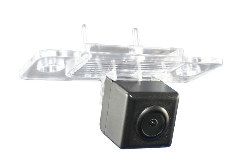 Kamera formát PAL do vozu VW Touareg, Škoda Yeti, Fabia II, Superb I, Passat 01-05